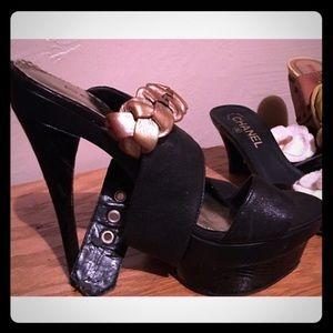 Bebe HIGH platform heels